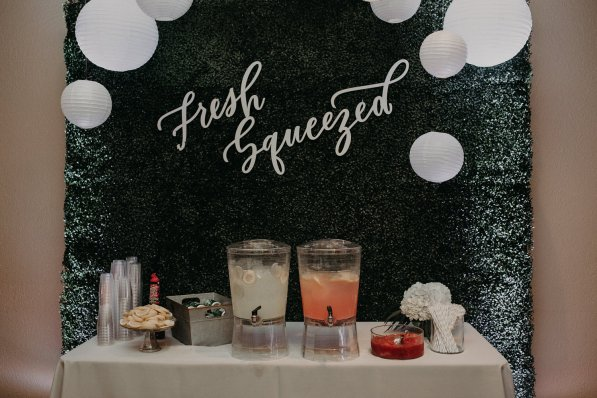 Fresh squeezed lemonade bar